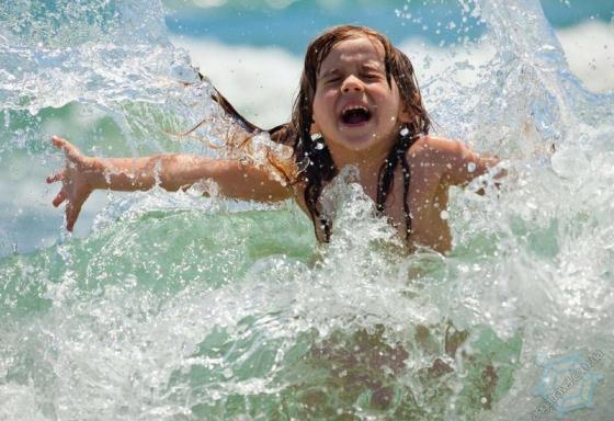 Дитячий відпочинок на морі у літньому таборі - Анга Тревел
